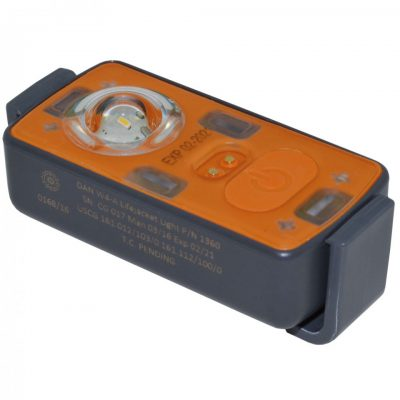 74722_safety-dan-w4-a-lifejacket-light-water-manual-activation