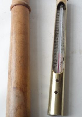 vintage-mid-century-cased-solid-brass-thermometer-thompson-mfg.-co.-ltd-richmond-surrey-hanging-[2]-4020-p
